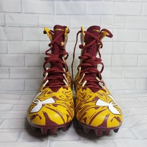 NWOT Men's Under Armour Maroon and Yellow Cleats